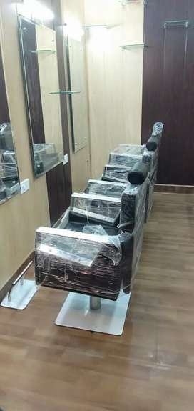 Complete furnished unisex salon sale with rented