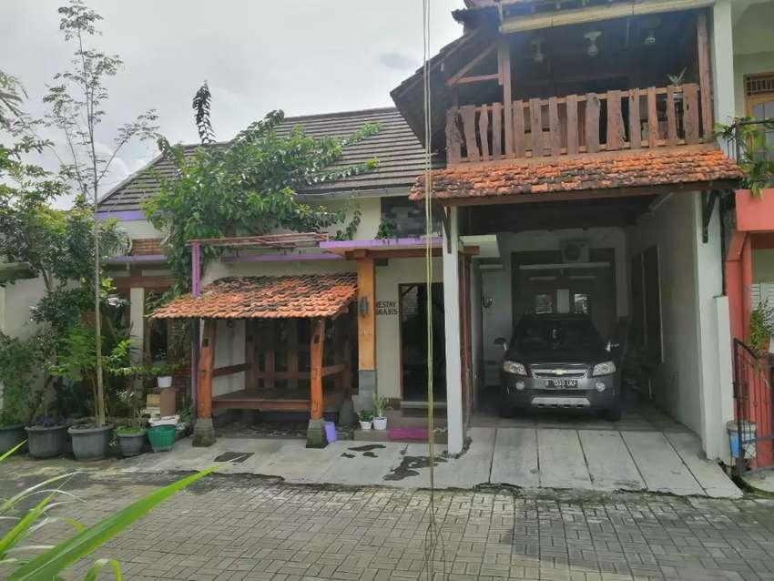 Rumah full furnished dekat kantor Pemda Sleman 0