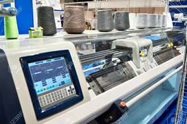 OPERATOR NEED FOR FLAT KNITING MACHINE