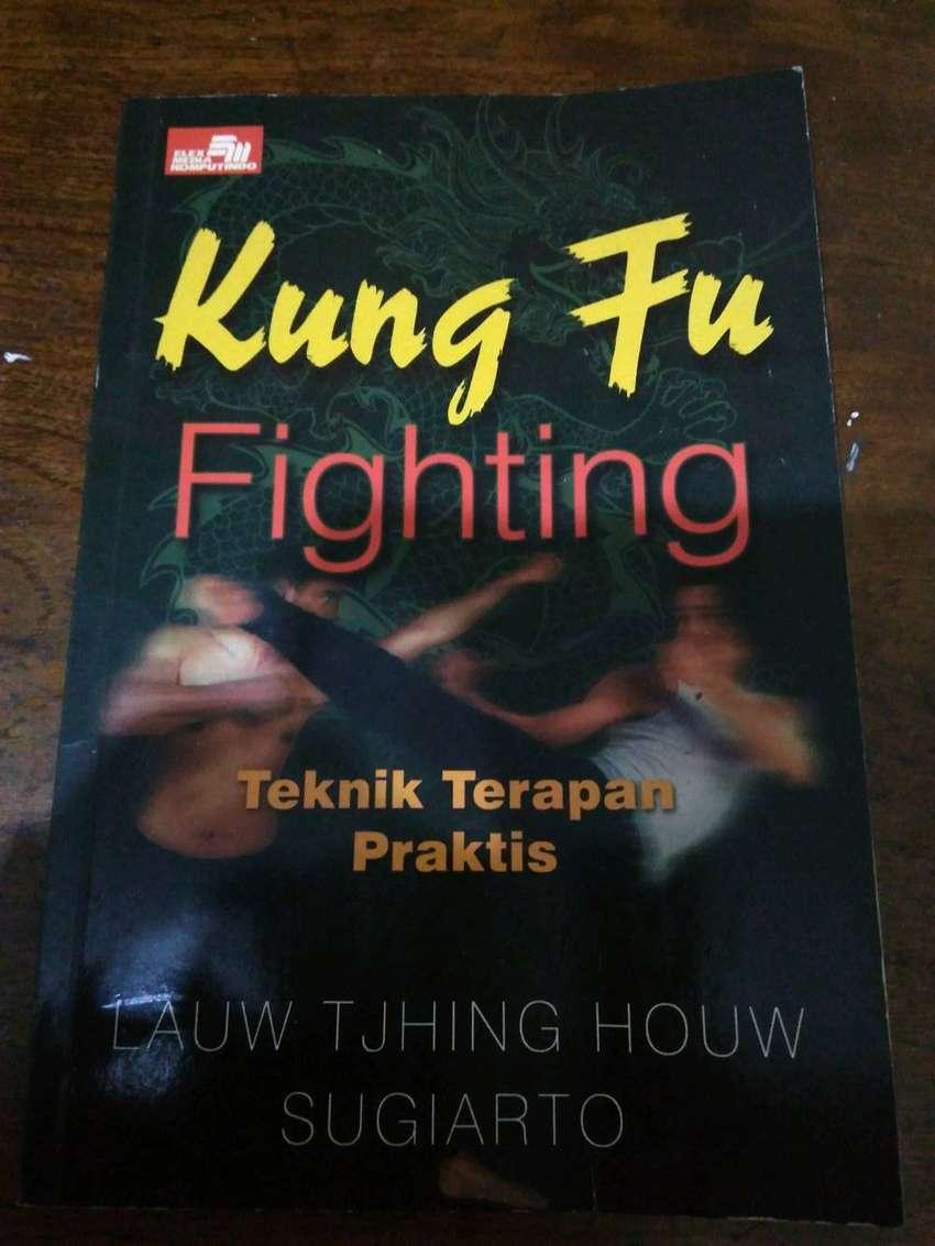 Jual Buku beladiri Kungfu fighting teknik terapan praktis 0