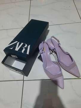 Di jual Sepatu Wanita Merk Zara (Uk : 36) warna purple (Ungu)