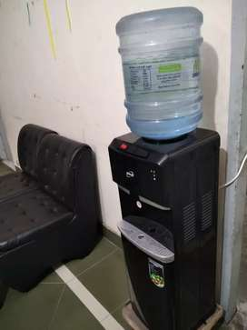 4 months Used New water dispenser for sale