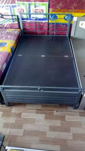 "Double bed folding with box 5×6"" (like new)"