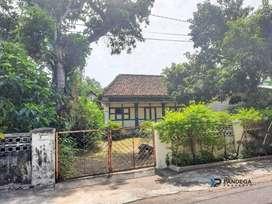 Rumah Kuno Dalam Beteng Kraton Dekat Alun- Alun, Malioboro, Jogja
