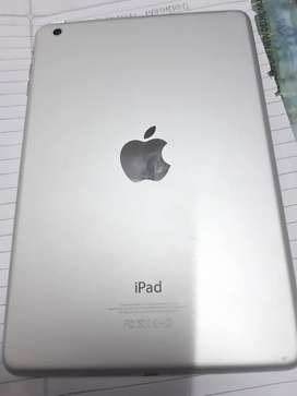 New APPLE IPAD 32 GB WIFI ONLY 20 DAYS OLD