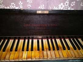 Upright John broadwood piano
