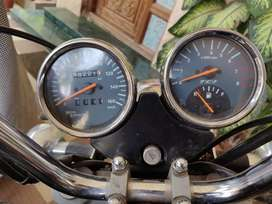 Thunderbird 350 2012 model for sale(no negotiation on price)