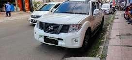 Nissan Navara Putih Gagah
