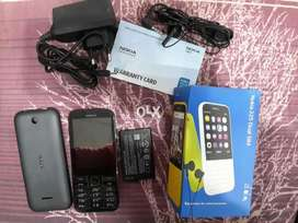 nokia 225 orignal condition 10/10 UAE impot with chargr handfree