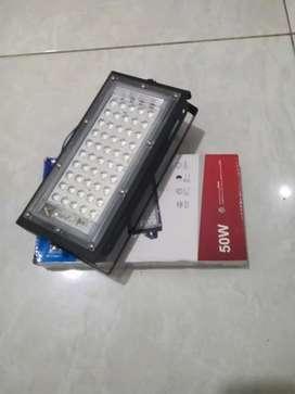 Lampu led / lampu sorot / lampu pju / lampu jalan 50 watt 220v