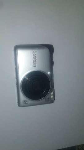 Canon digital camera 14mp