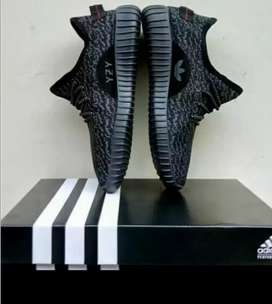 Promo/CuciGudang Sepatu Adidas Impor,Laris,Ringan,NyamanDipakai(37-45)