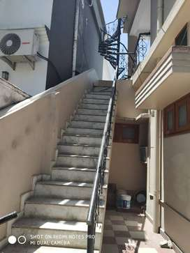 Spacious Newly Renovated 2bhk for Rent- great location