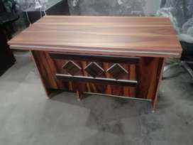 Brand New Fresh Office Table Size 4x2 Fit We Manufacturer