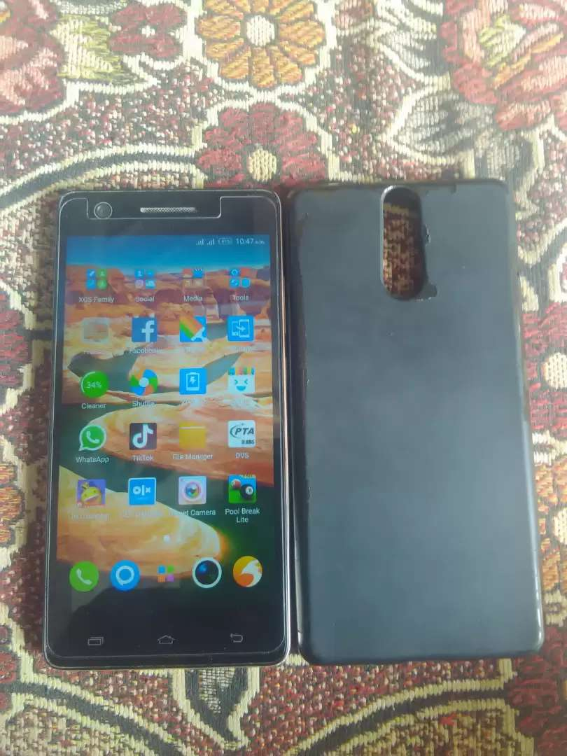 Infinix hot s 3g & 32gb  condition 10/9   with charger and charger led 0