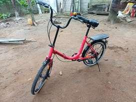 Sepeda Minion 20 pink