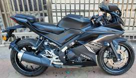 YAMAHA R15 V3 BS6 2020 BLACK EDITION DUAL ABS IN EXCELLENT CONDITION.