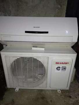 AC Sharp 1/2 PK 90% super dingin!!!