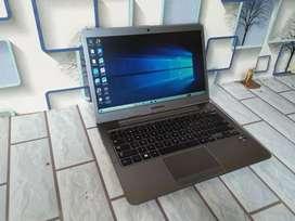 Laptop Samsung 530U Series Ultrabook Core i3-Ram4-Hdd500-Slim
