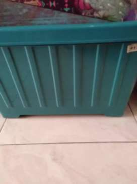 Piring keramik & box plastik roda