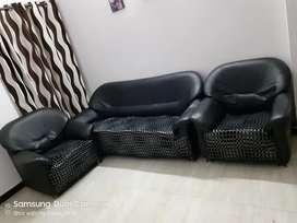 Sofa set for sale.