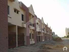 Gulshan e iqbal vip location space available school.Software.etc