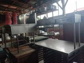 Meja stenlis tebal restoran  ukuran 2m x90cm x tinggi 1.7 m