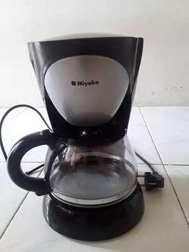 Coffee Maker Model cm 127 merk Miyaco