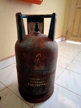 Di jual tabung gas 12 kg