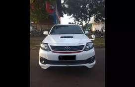 Dijual cepat Toyota Fortuner TRD Diesel Metic 2014