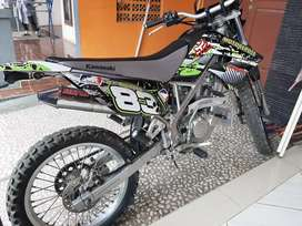 Kawasaki KLX 150 L 2014 (tipe tertinggi)