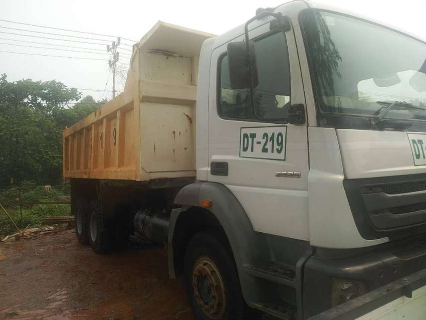 Dump Truck Mercedes Benz Axor 2528 2017 0