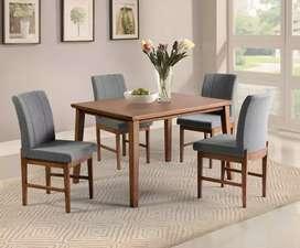 Meja makan dan kursi kayu jati