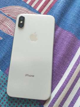 iphone x with orignal accessory 86% battery health