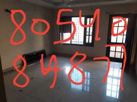 Room set prime location chhotti Baradari