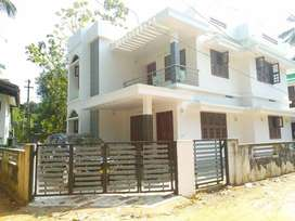 ELTHURUTH, Thrissur, 5.5 cent, 2100 sqft, 4 BHK, 85 Lakh Negotiable