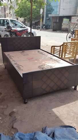 Brand new single bed 6fit by 4fit with box n fully foldable