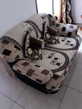 Good condition sofa 3/2