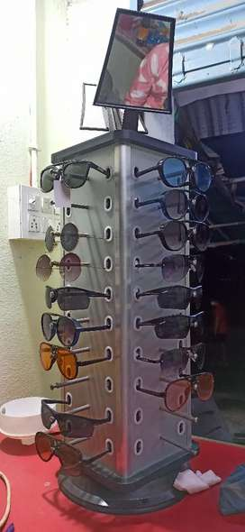 15 Sunglasses and Sunglass Display Stand | Sqare Shape (Combo)