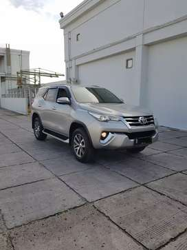 Toyota Fortuner SRZ 2.7 AT Bensin 2016 Silver Record Tgn1 WTC5