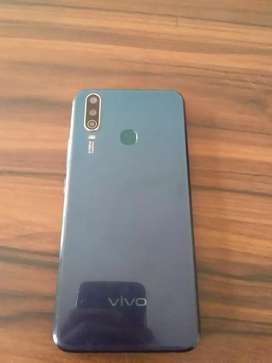 Vivo Y 17 4gb ram ,128 gb rom..blue in colour .,
