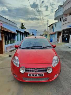 FIAT PUNTO TOP END MODEL well maintained