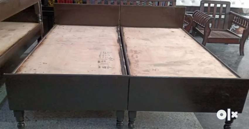 Double bed without box