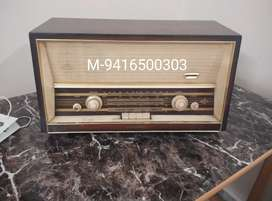TELERAD COMPAY  RADIO 60-70 YEARS OLD FOR SALE  FOR  ANTIQUE LOVERS