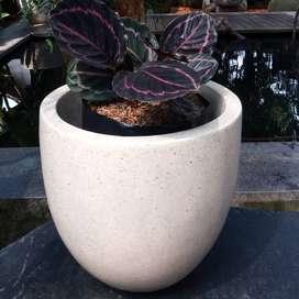 Pot Tanaman Cantik Handmade Terazzo Bentuk Telur