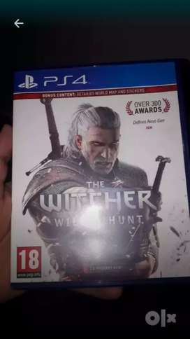 witcher 3 ps4 game CD