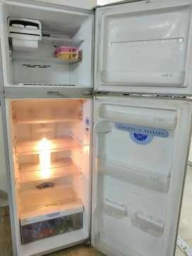 Lg 260 lit refrigerator