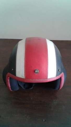 Helm Vespa lawas