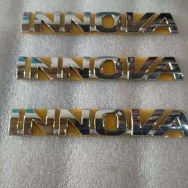 Emblem Mobil Toyota INNOVA