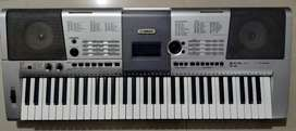 Yamaha Keyboard  Model : I 425